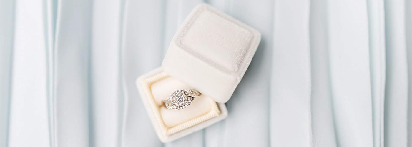 young and the invested engagement ring 1