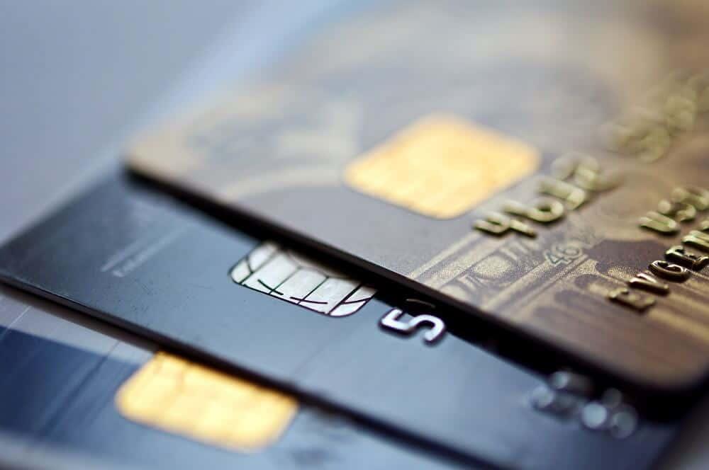Will Having Authorizer User Status Help Build Your Credit Score?