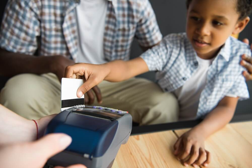 Opening a Child Bank Account with Debit Card [Kids' Debit Card]
