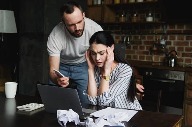 financial stress young couple medium