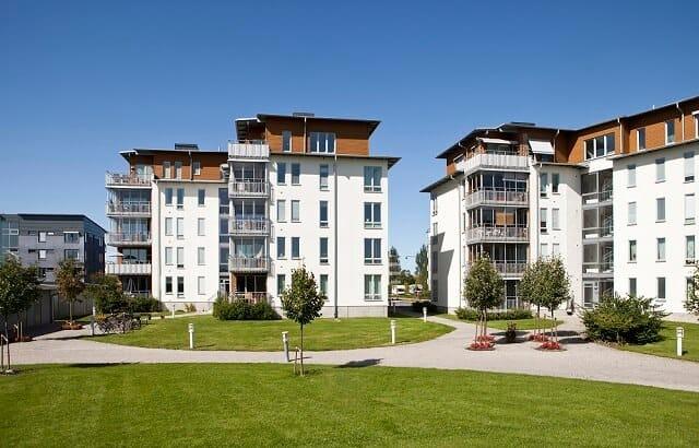 invest in apartment buildings medium