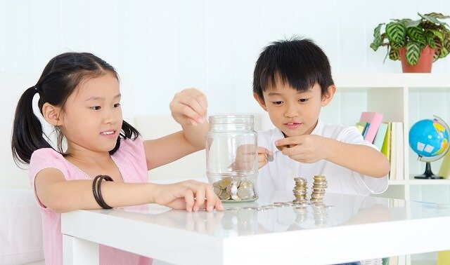 kids counting money medium