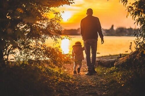 parent child sunset